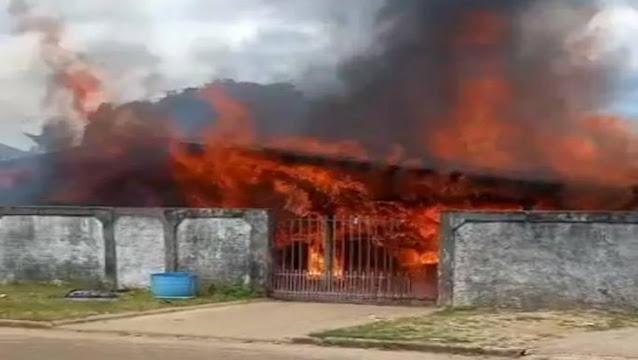 Residência usada por dependentes químicos é incendiada em Rondônia