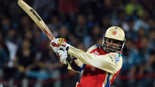 Chris Gayle Huge104 Meter Six out of the Stadium