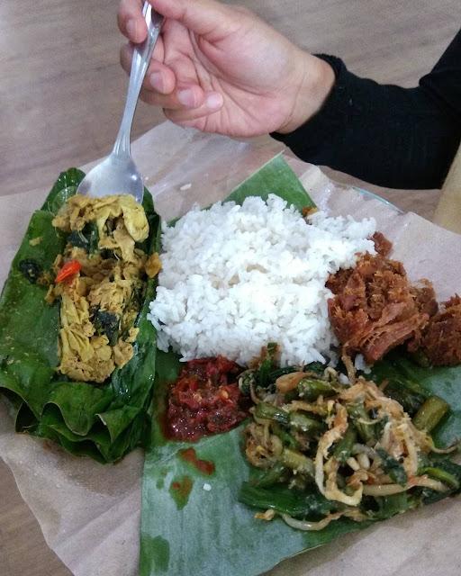 Warung Bu Eha Bandung - wisata kuliner bandung murah meriah