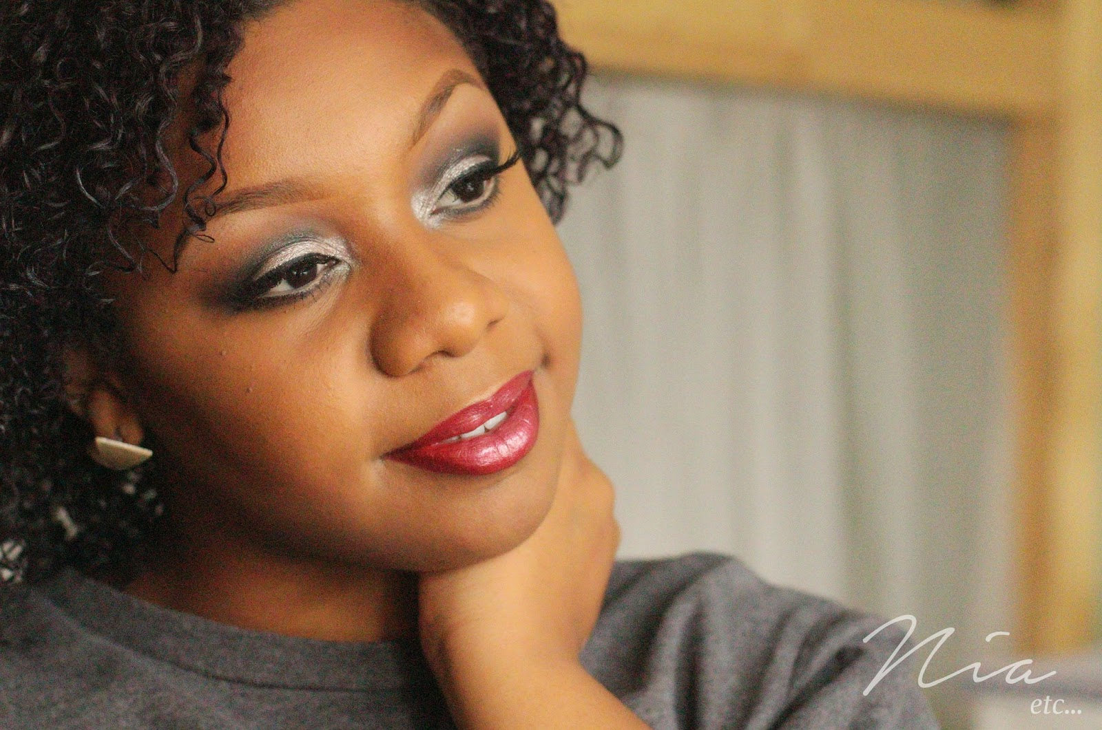 Classic Glamour Look with Bold Cut Crease and Red Lipstick 7