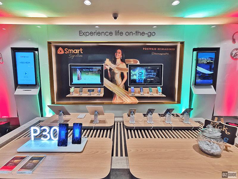 PLDT-Smart opens converged store in Vertis North