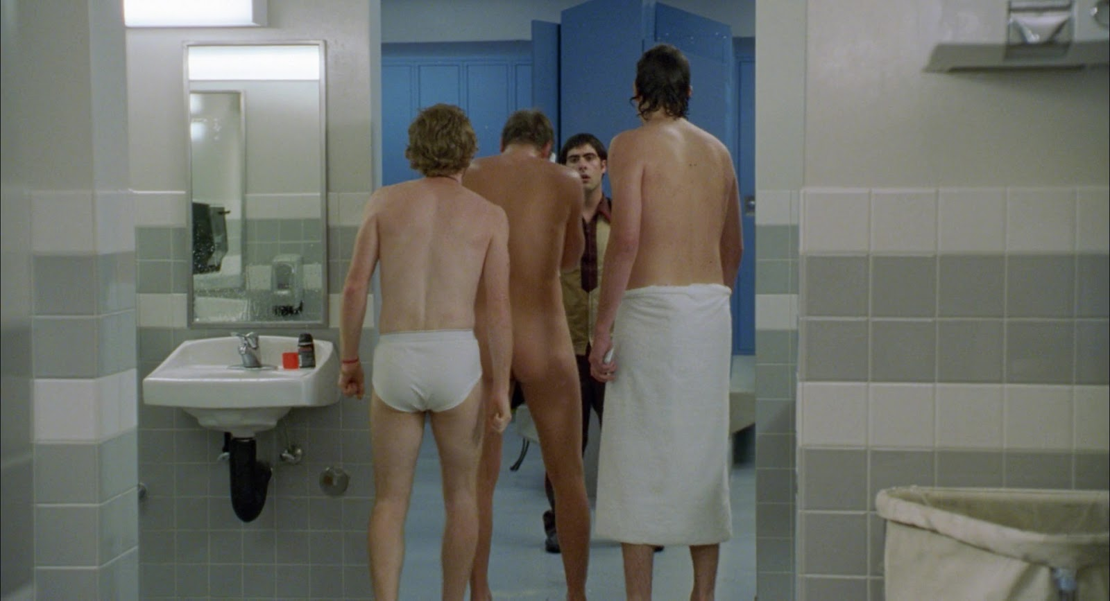 Devon sawa butt nude
