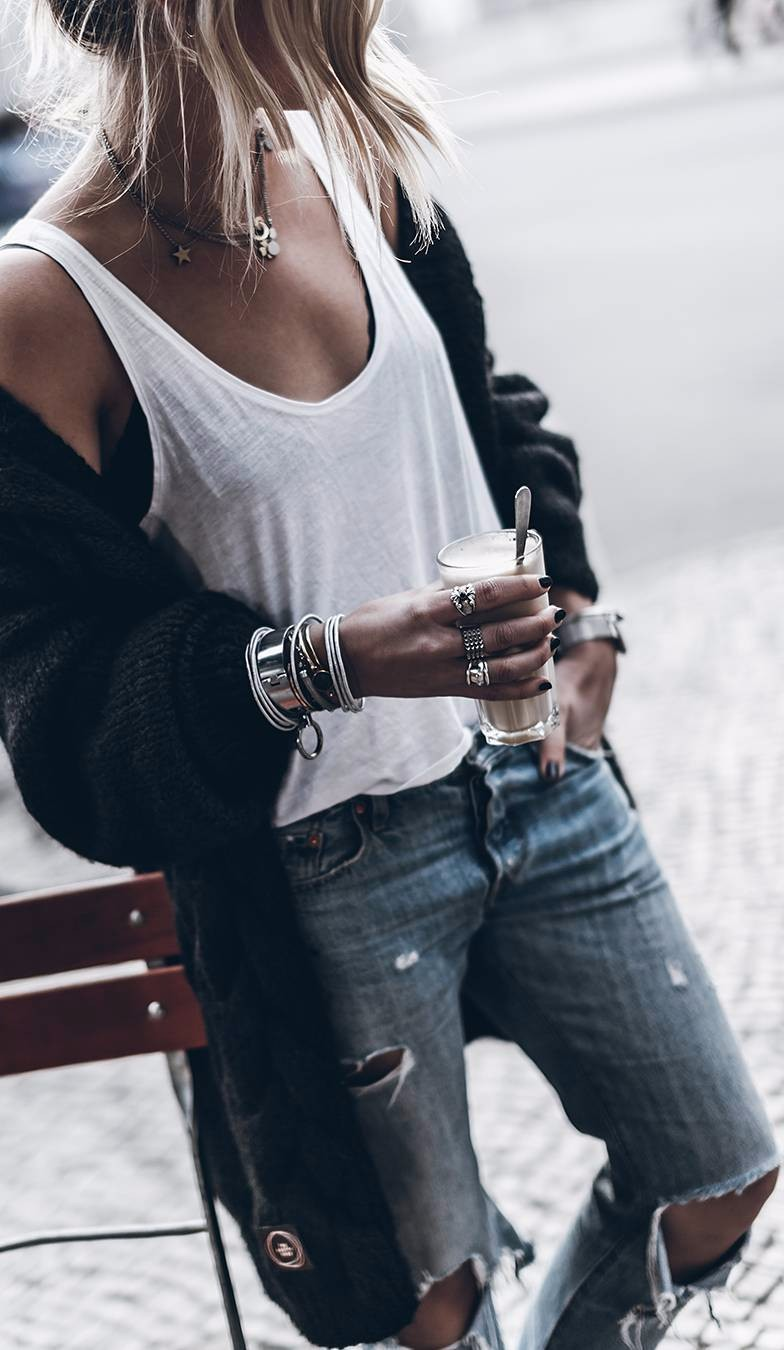 Outfits Club: What To Wear With Ripped Jeans: 45 Amazing Looks You Can Definitely Go With