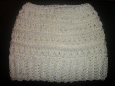 https://www.etsy.com/listing/751226053/white-messy-bun-beanie-ponytail-beanie?ref=shop_home_active_12&frs=1