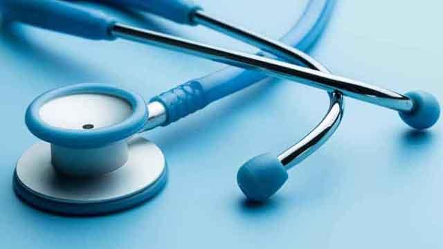 व्यवस्था से ऊपर उठते डॉक्टर्स