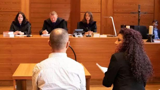 السجن 20 عاماً للاجئ سوري أقدم على قتل زوجته