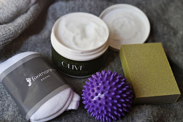 Foot Nanny Olive Oil Moisturizing Power Kit Review, Photos