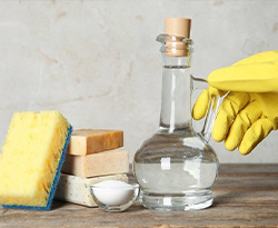 Non usare l'aceto per pulire!