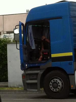 https://www.facebook.com/camionero.caliente1