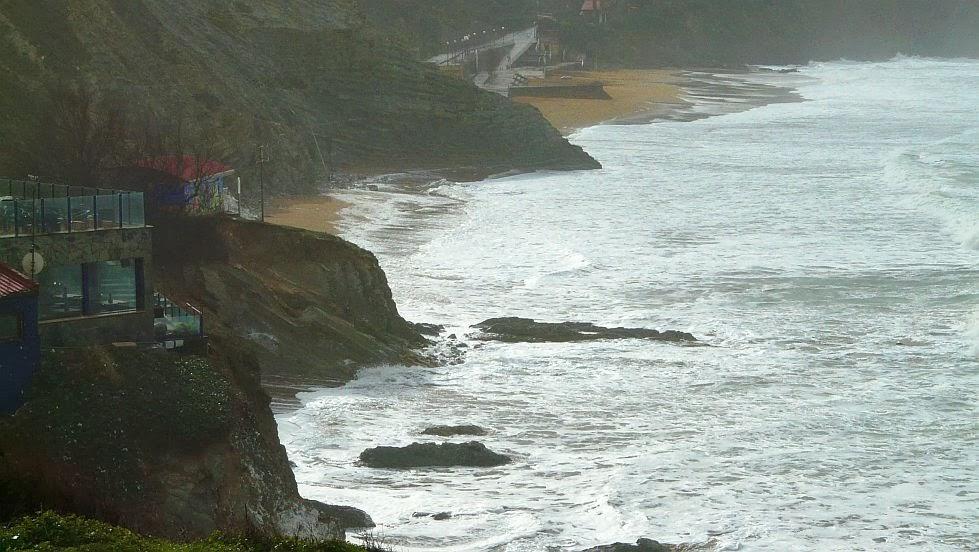 olas viento frio playa sopelana02