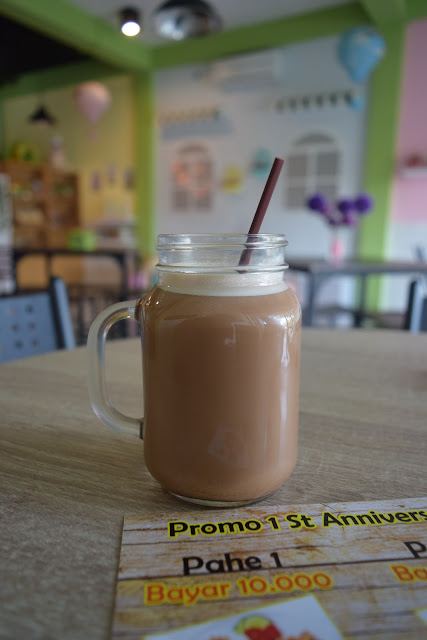 Kedai Oline's : Rekomendasi Tempat Makan di Bojonegoro