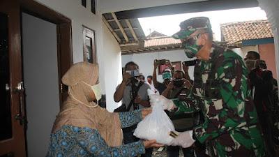 Sinergi TNI-Polri Purbalingga Dirikan Dapur Lapangan Atasi Dampak Pandemi Covid-19