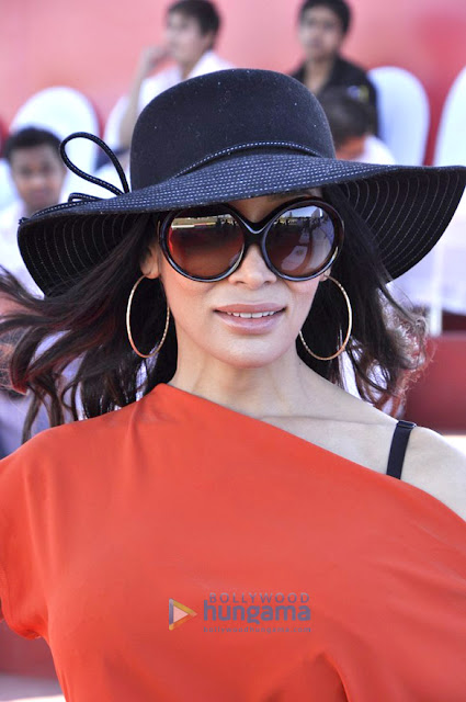 Sofia Hayat grace the Raymond Polo Match 2013