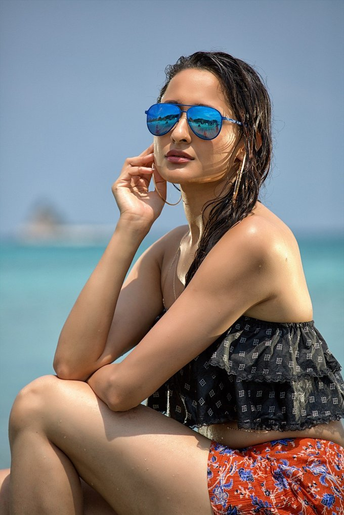 Pragya Jaiswal Stunning Hot In Nakshatram Movie Photos