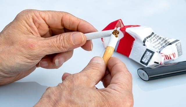 Mulailah pola hidup sehat dan berhenti merokok