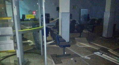 Assaltantes explode caixa eletrônico em Boa Nova