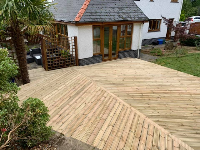 Decking design UK