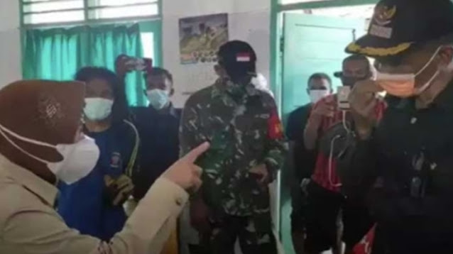 Risma Marah-marah di Lokasi Bencana NTT, Ceo AMI: Kalau Saya yang Marah ke Mensos Boleh?