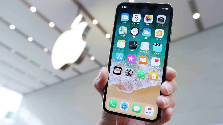 مشكل الشاشة الخضراء يظاهرة علي  سلسلة هواتف IPHONE 11