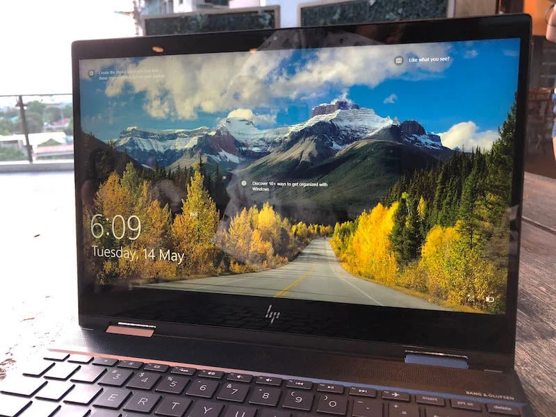HP Envy's Full HD display and the B&O speaker grill above the keyboard