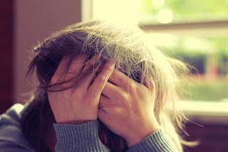 10 Dampak Stres Terhadap Kesehatan Pikiran dan Tubuh