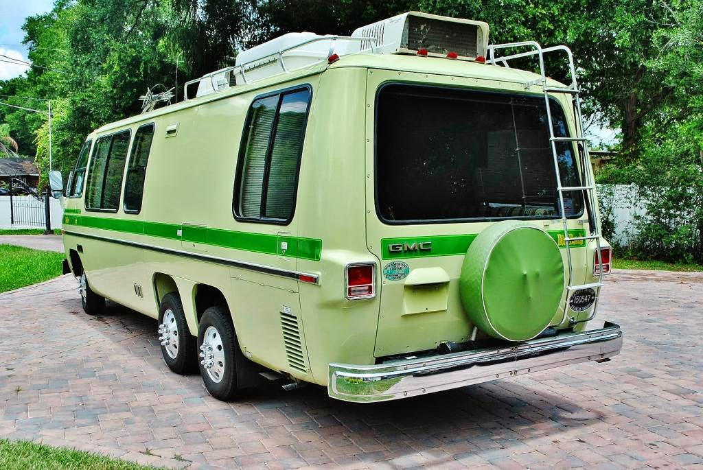 daily turismo 20k wizards of the road 1976 gmc motorhome. Black Bedroom Furniture Sets. Home Design Ideas