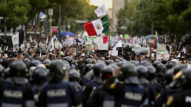 """""""Corrupchampions"""": Eligen en México a los políticos más corruptos"""