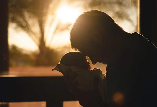 Menjemur bayi