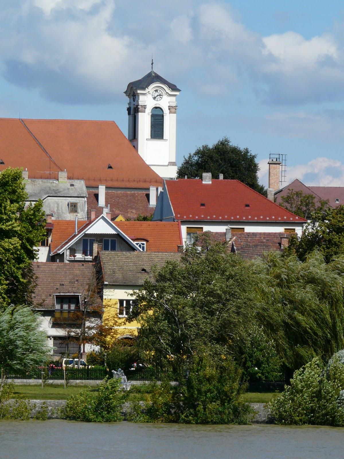 Vác vanaf de Donau
