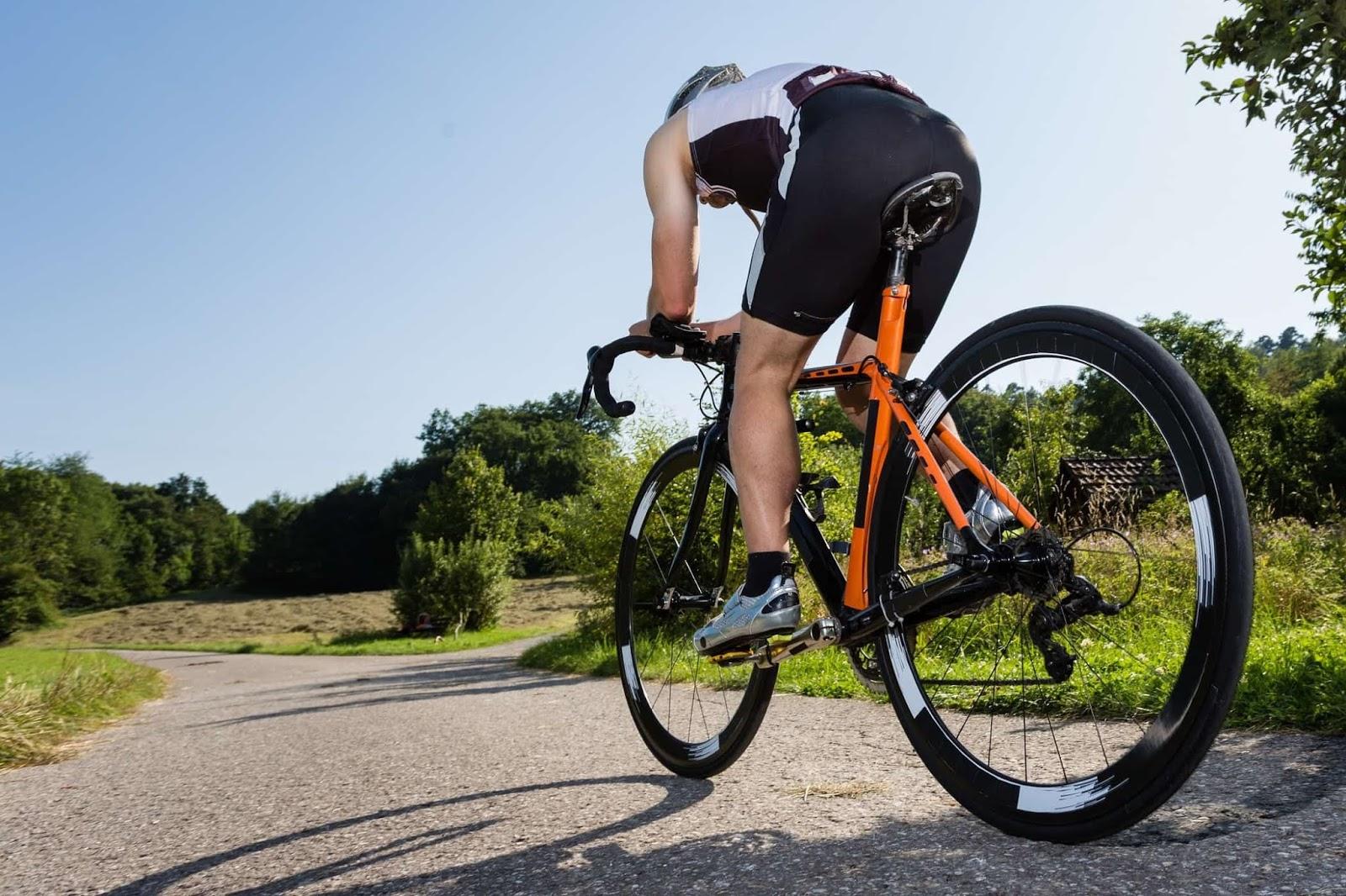Teknik Pemindahan Gear Sepeda Trik untuk pemindahan gear sepeda di track Off-Road sbb :