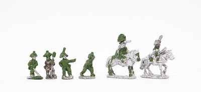 Artillery - 4 x crew.  Limber team - Ridden horse / officer: