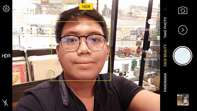 Selfie camera mode