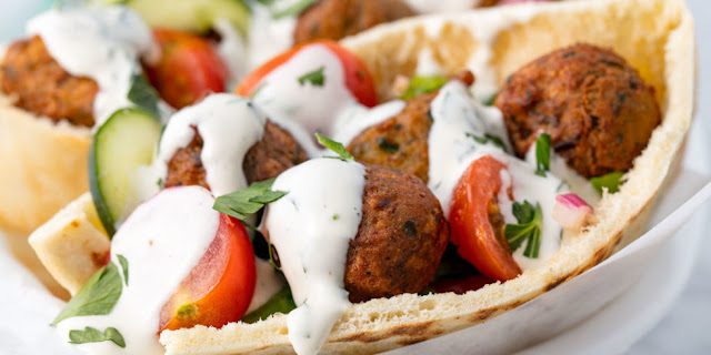 Easy Homemade Falafel