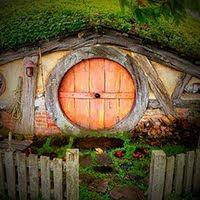 GenieFunGames Hobbit Hole Escape Walkthrough