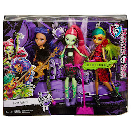 MH Fierce Rockers Clawdeen Wolf Doll