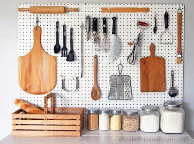 5 Cara Menata Peralatan Dapur Yang Rapi & Teratur
