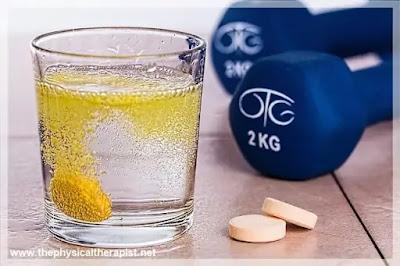 شرب فيتامين سي الفوار قبل النوم : هل هو مضر فعلا بالصحة ؟