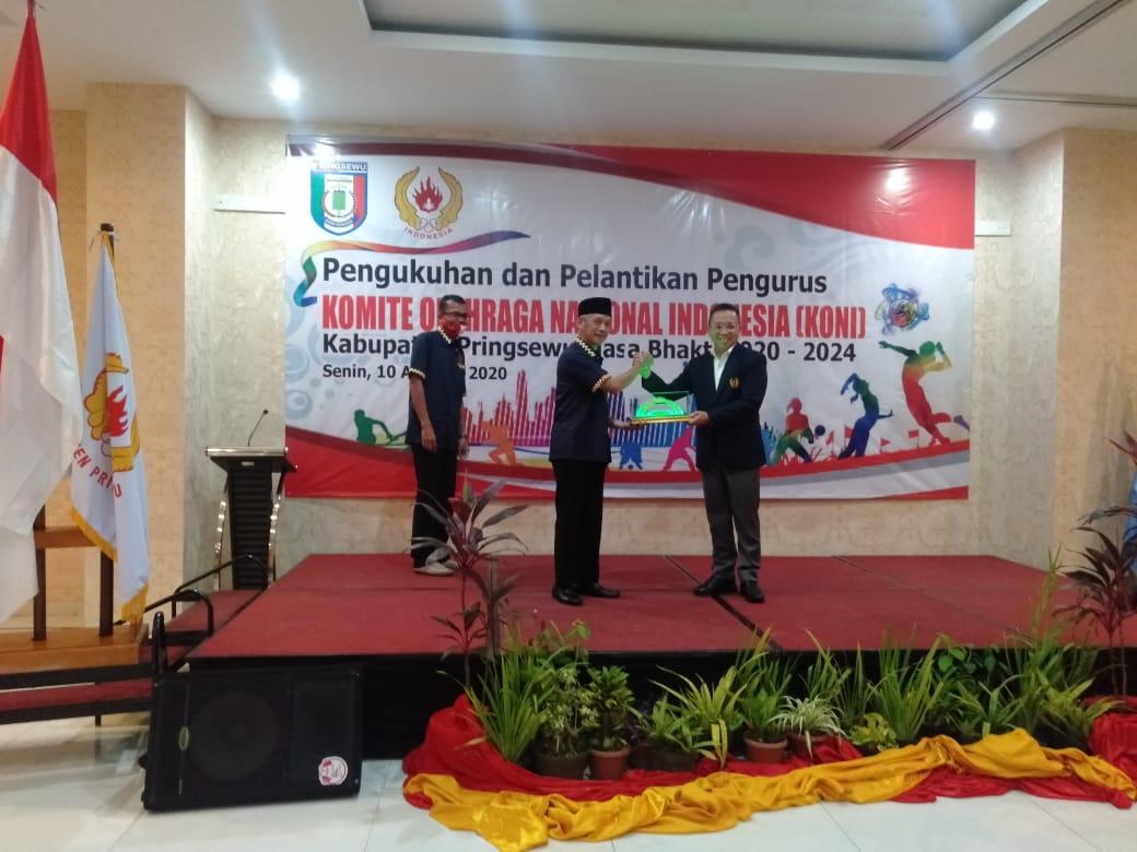 Kepengurus Komite Olahraga Nasional Indonesia (KONI) Kabupaten Pringsewu periode 2020-2024 resmi dilantik