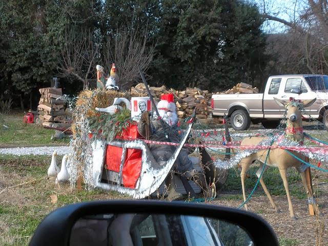 Redneck Christmas Yard Decorations
