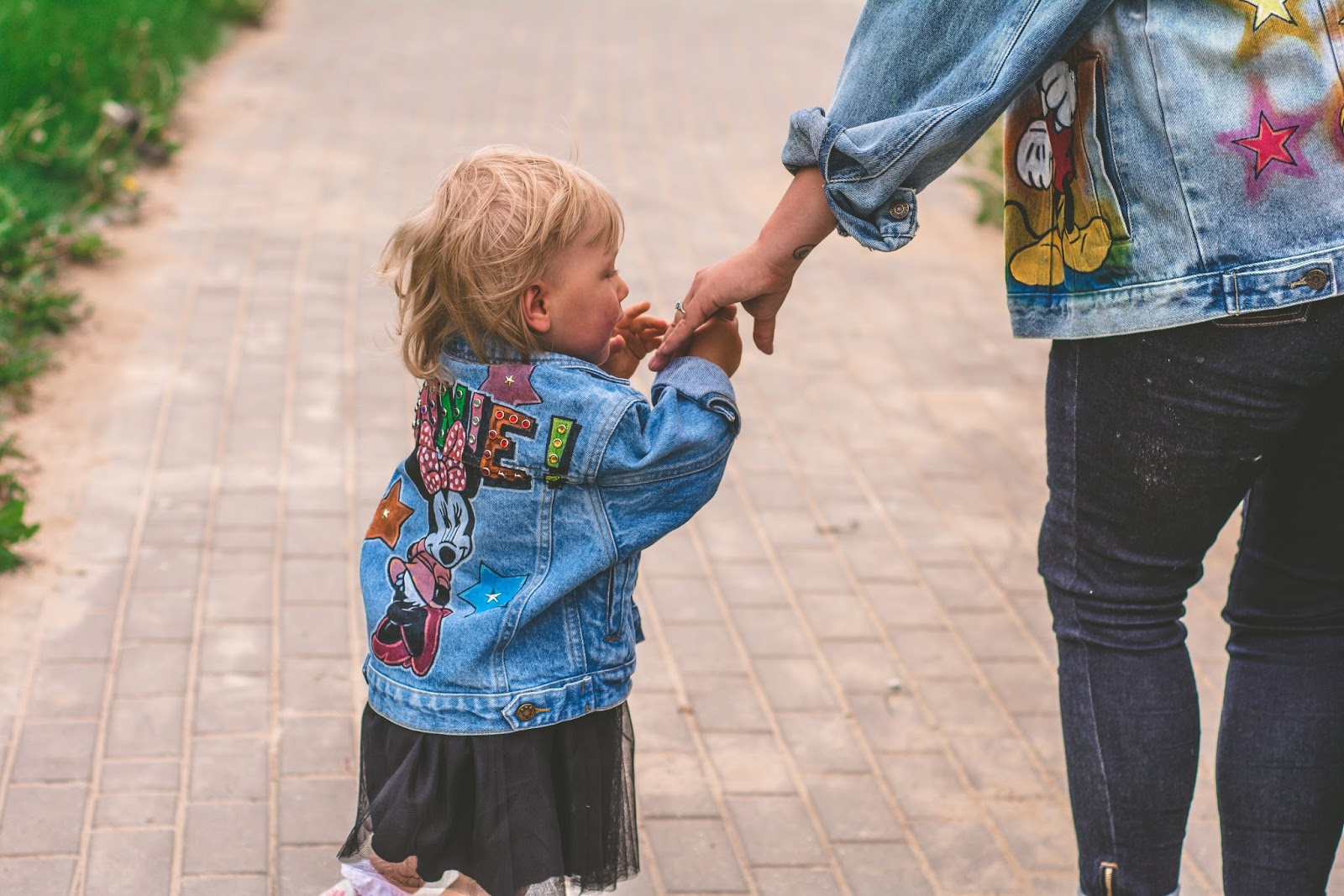 dziecięca kurtka jeansowa