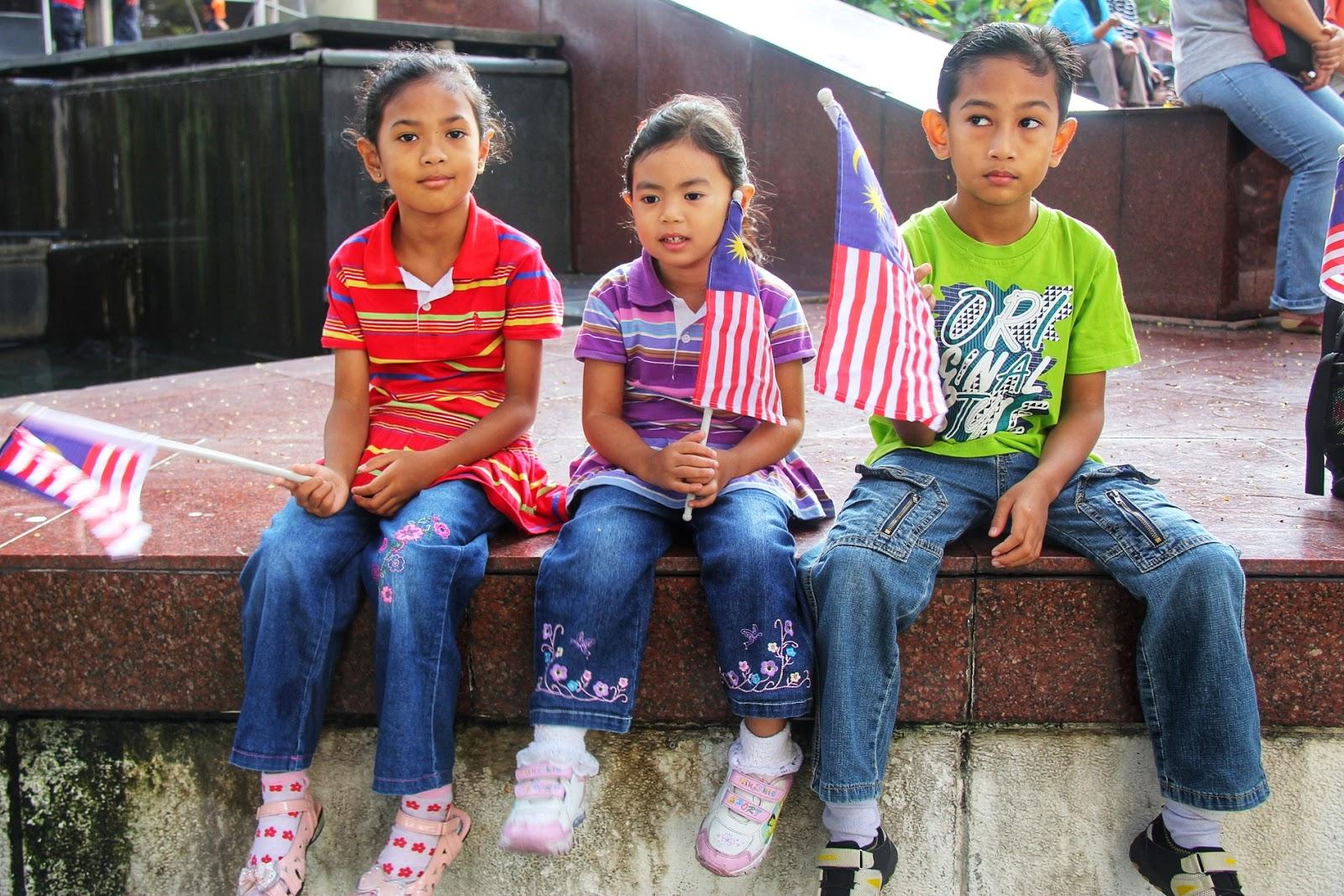 Sambutan Hari Kemerdekaan Bersama Keluarga di Dataran Merdeka