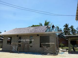 Pemasangan Atap : Elephant Roof Tile