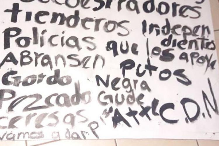"""""""Ábranse P..tos vamos a dar piso"""", Sicarios del CDN cuelgan narcomantas amenazando a mañosos y secuestradores en Guadalupe, NL"""