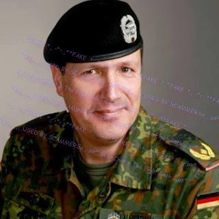90g military officer
