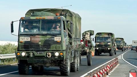 Péntektől ismét katonai konvojok közlekednek több forgalmas útszakaszon