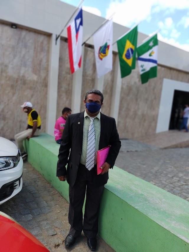 Vereador Laércio, de Itapicuru, lamenta ausência do público nas sessões da Câmara
