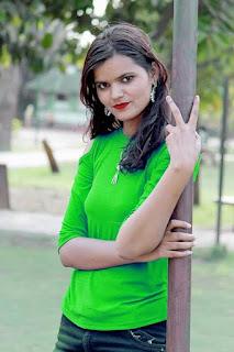 Indian girls WhatsApp number, indian girls mobile number, Indian girls WhatsApp group link, Indian girls, girls, beautiful girl,
