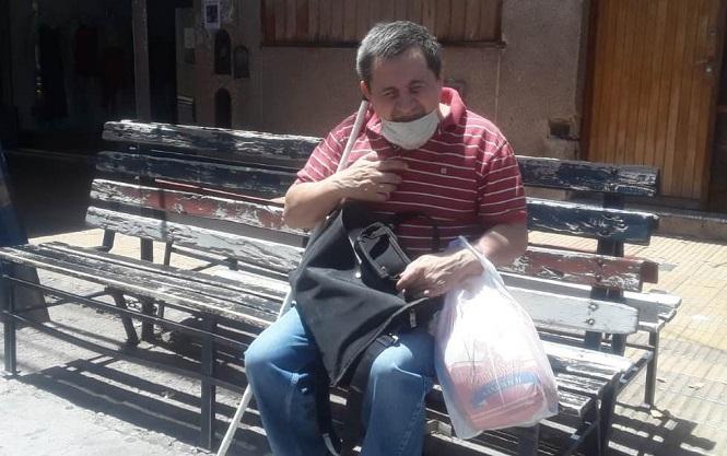 Un trabajador que lucha todos los días para que su ceguera no sea una dificultad