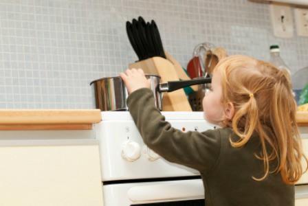 Jangan Alpa Beberapa Perkara Di Dapur Ini Jika Anda Beranak Kecil
