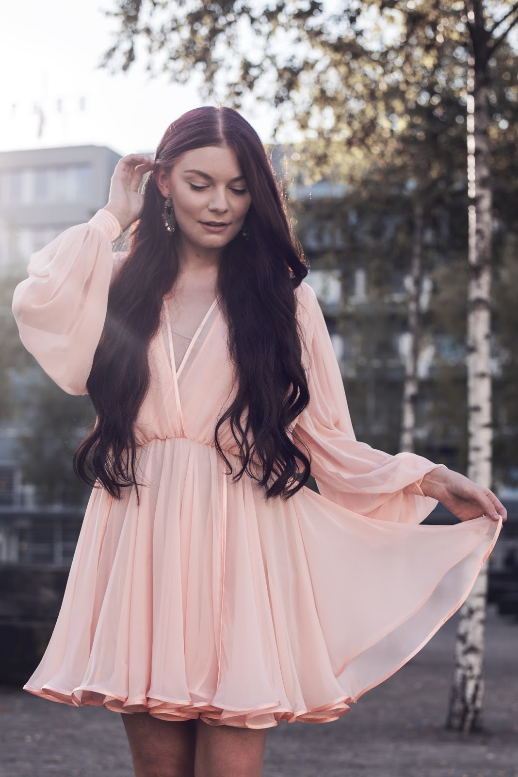 Mode Suisse Edition 10 Outfit | American Archive Vintage Dress | Rose Kiara Peaches